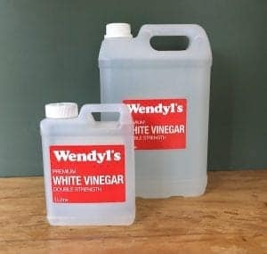 white vinegar two sizes on bench