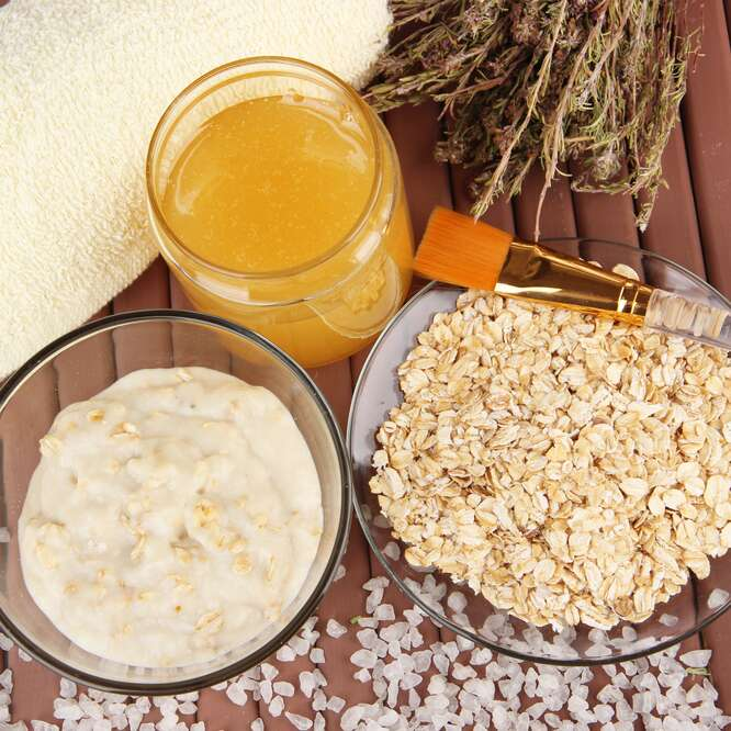 oat face mask with honey and yoghurt for super sensitive skin